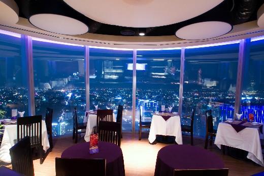 Ngập tràn ưu đãi tại chuỗi nhà hàng cao nhất Sài Gòn