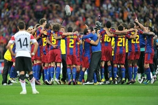 """Mai Phương Thúy: """"Vì Messi và Barcelona mà M.U của mình đã bỏ lỡ hai cúp Champions League rồi. Thế nên mình mới """"cực kì không thích"""" Messi"""""""
