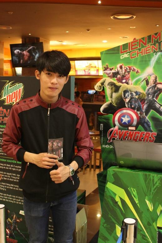 Bạn trẻ háo hức đổi 6 nhãn chai Mountain Dew phiên bản Avengers lấy những tấm voucher xem phim miễn phí tại 16 rạp Lotte Cinema toàn quốc