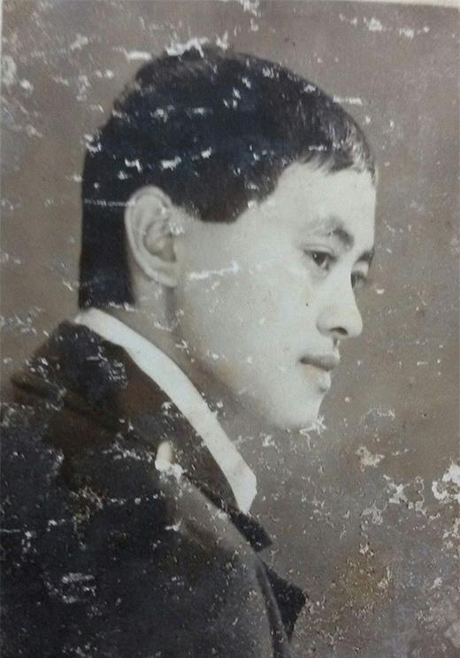 Khi lớn hơn, nét mặt của nghệ sĩ Giang Còi vẫn không có nhiều thay đổi. - Tin sao Viet - Tin tuc sao Viet - Scandal sao Viet - Tin tuc cua Sao - Tin cua Sao