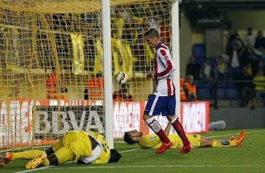 Torres solo tuyệt đỉnh, lừa qua cả 3 cầu thủ Villarreal để ghi bàn