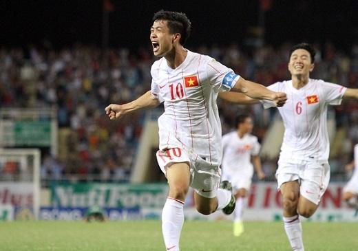 Công Phượng sẽ đá cặp với Công Vinh ở vòng loại World Cup?