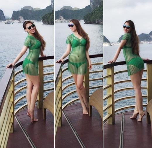 Siêu mẫu Quỳnh Thư khiến cánh mày râu phải ngẩn ngơ với bikini xanh mát mắt và váy lưới cùng gam màu.