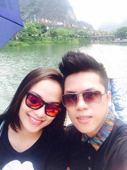 Vợ chồng Diễm Hương trốn con trai đi hẹn hò riêng