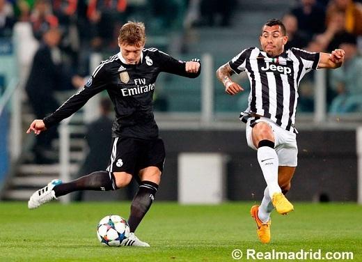 Tevez giúp Juventus giành chiến thắng trước Real Madrid