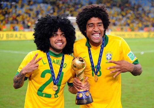 Brazil chốt danh sách dự Copa America: Oscar bị loại, thần đồng Robinho tái xuất