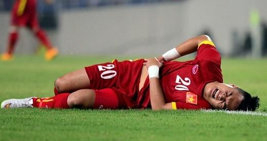 """HLV Miura: """"Tôi không chỉ đạo cầu thủ chơi thô bạo"""""""