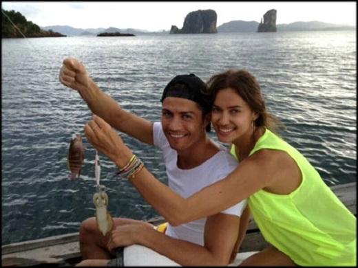 Vừa có bồ mới, Irina vội xóa sạch hình bóng của C. Ronaldo