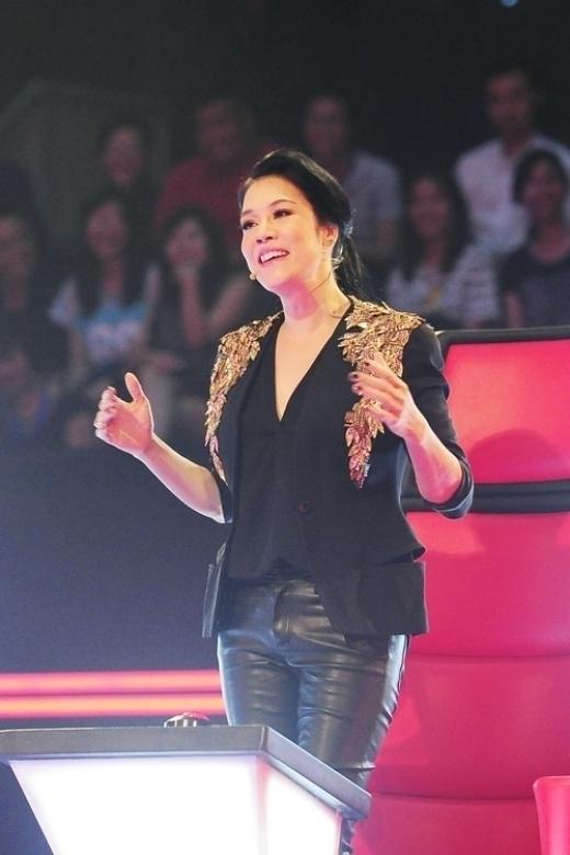 Cô gây chú ý với vai trò mới tại The Voice 2015. - Tin sao Viet - Tin tuc sao Viet - Scandal sao Viet - Tin tuc cua Sao - Tin cua Sao