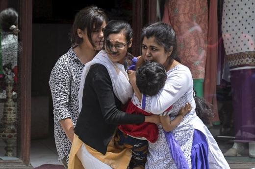 Nhiều người dân Nepal đã vô cùng hoảng loạn khi trận động đất xảy ra