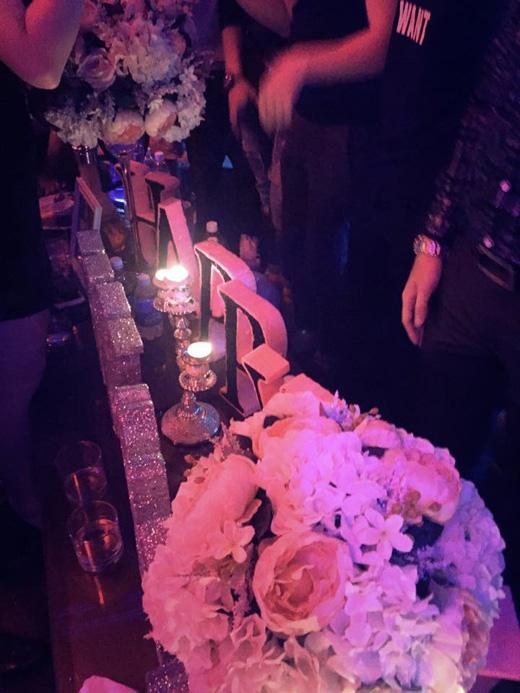 Hương Tràm mở tiệc sinh nhật thâu đêm - Tin sao Viet - Tin tuc sao Viet - Scandal sao Viet - Tin tuc cua Sao - Tin cua Sao