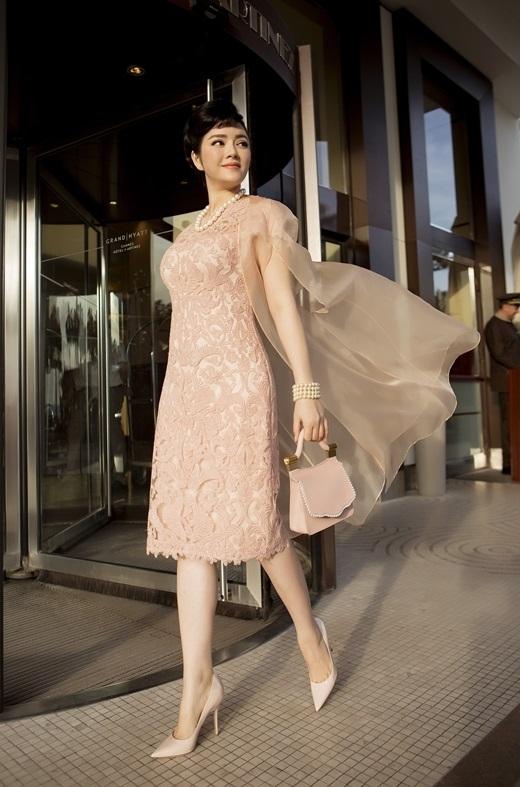 Lý Nhã Kỳ gây chú ý với những hình ảnh hóa thân thành Audrey Hepburn lộng lẫy. - Tin sao Viet - Tin tuc sao Viet - Scandal sao Viet - Tin tuc cua Sao - Tin cua Sao