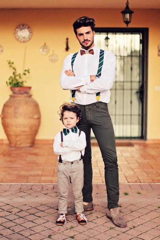Với những buổi tiệc nhẹ, tiệc gia đình thì cặp cha - con này chắc chắn sẽ hút sự chú ý mạnh mẽ của mọi người