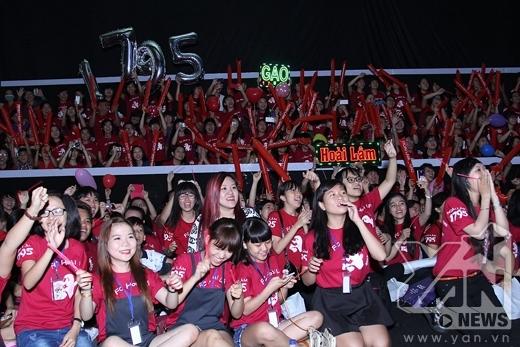 Hơn 1000 khán giả đến tham dự buổi offline chúc mừng sinh nhậtHoài Lâm - Tin sao Viet - Tin tuc sao Viet - Scandal sao Viet - Tin tuc cua Sao - Tin cua Sao