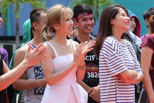 Từng thể hiện rất tốt tại Cuộc đua kỳ thú 2013, Diệp Lâm Anh được nhiều khán giả lẫn bạn bè đồng nghiệp ngưỡng mộ. - Tin sao Viet - Tin tuc sao Viet - Scandal sao Viet - Tin tuc cua Sao - Tin cua Sao
