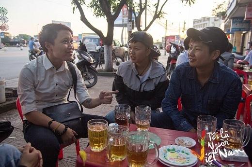 Yun cùng những người bạn của mình