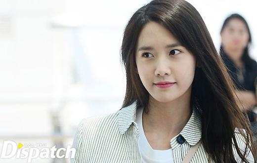 Yuri diện tóc mới đọ sắc với Yoona tại sân bay