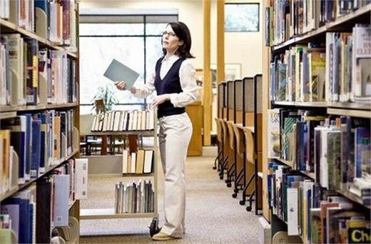 Quản lý thư viện cũng là nghề khá thoải mái. Thu nhập trung bình của họ là 34.000 USD/năm.