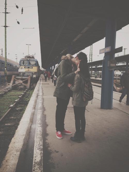 Những niềm vui chỉ có những cặp yêu xa mới hiểu