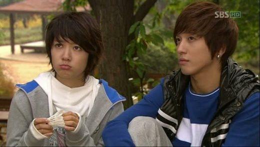 """Chuyện tình tay ba khiến khán giả """"khó chọn"""" nhất màn ảnh Hàn"""