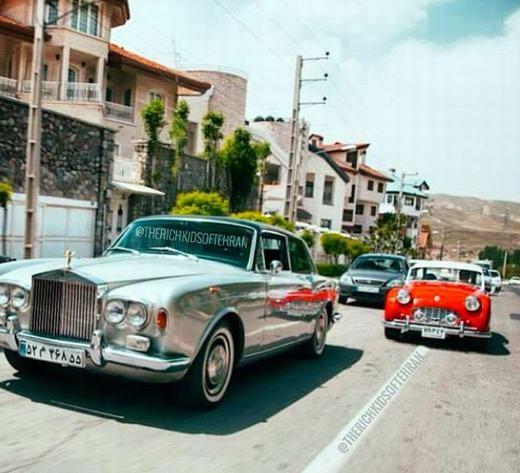 …những chiếc xe hơi đắt tiền tạo nên đẳng cấp.