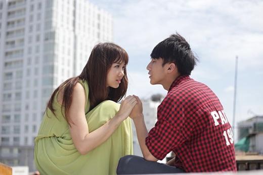 Bạn gái Sơn Tùng tự tin cover hit Hari Won