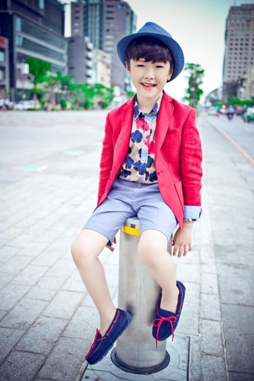 Ben Lee sở hữu nét đẹp như một cậu bé người Hàn.