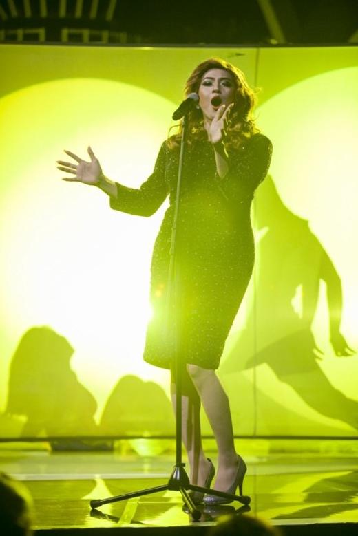 Thanh Duy khiến khán giả mê mẩn khi hóa thân thành Adele trong ca khúcSkyfall. - Tin sao Viet - Tin tuc sao Viet - Scandal sao Viet - Tin tuc cua Sao - Tin cua Sao