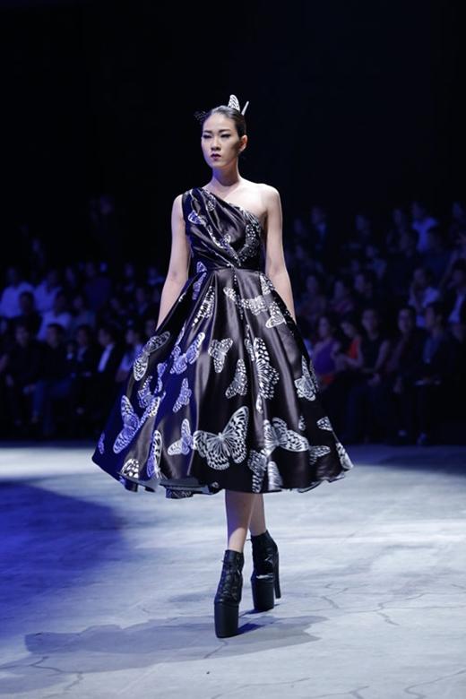 Dừng chân tại top 7 VietNam's Next Top Model 2012, Ngọc Thúy để lại ấn tượng cho khán giả với chiều cao 1m81.