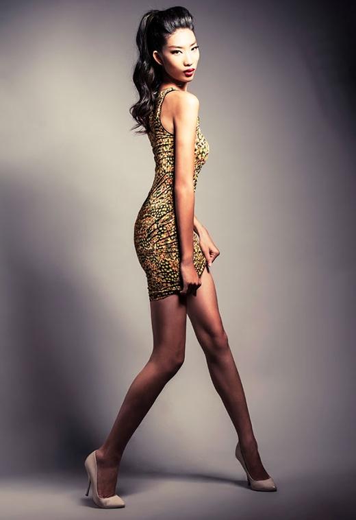 Đồng sở hữu thân hình cò hương, chân dài gốc Hà Nội có cùng chiều cao với Trang Khiếu là 1m80.