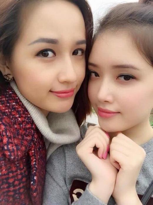 Hai chị em thường xuyên đi chơi hẹn hò và ăn uống với nhau rất thân thiết. - Tin sao Viet - Tin tuc sao Viet - Scandal sao Viet - Tin tuc cua Sao - Tin cua Sao