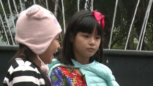 """Bo """"ngậm ngùi"""" nhường bố Phan Anh cho cô em út Suti sau khi cả hai cùng chọn MC Giọng hát Việt cho một thử thách. - Tin sao Viet - Tin tuc sao Viet - Scandal sao Viet - Tin tuc cua Sao - Tin cua Sao"""