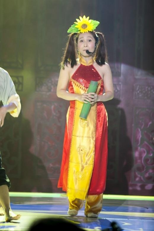 Hòa cùng không khí Lễ quốc tế thiếu nhi, Ngọc Liên đã hóa thân thành Bảo An khi cô bé chỉ mới bốn tuổi. - Tin sao Viet - Tin tuc sao Viet - Scandal sao Viet - Tin tuc cua Sao - Tin cua Sao