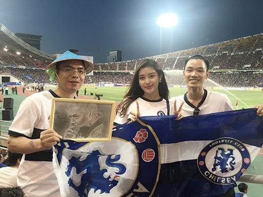 Á hậu Huyền My sung sướng hội ngộ fans Chelsea khắp thế giới - Tin sao Viet - Tin tuc sao Viet - Scandal sao Viet - Tin tuc cua Sao - Tin cua Sao