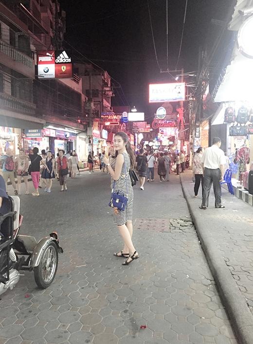 Ngày hôm nay (31/5), Huyền My sẽ trở về Việt Nam để tiếp tục các công việc của mình, trong đó có rất nhiều dự án quảng cáo. - Tin sao Viet - Tin tuc sao Viet - Scandal sao Viet - Tin tuc cua Sao - Tin cua Sao