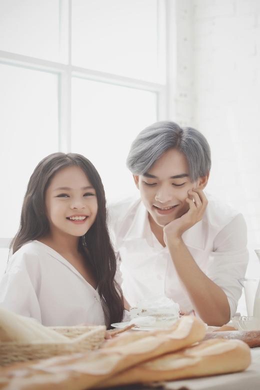 """Ngất ngây với khoảnh khắc cực tình cảm của cặp """"anh trai – em gái"""" Việt"""