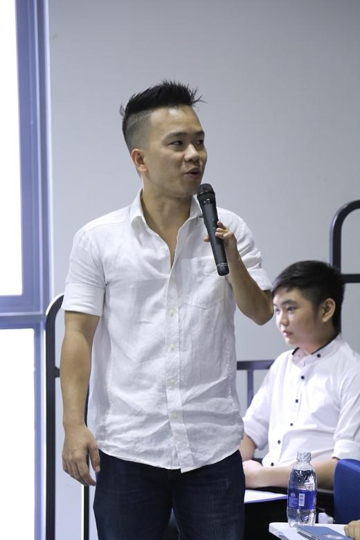 Vblogger Dưa Leo cũng có mặt tại buổi hội thảo. - Tin sao Viet - Tin tuc sao Viet - Scandal sao Viet - Tin tuc cua Sao - Tin cua Sao