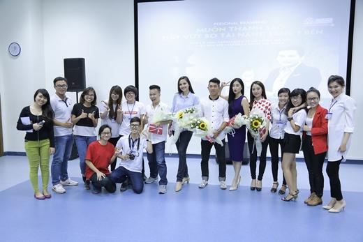 Buổi hội thảo đã được nhiều bạn trẻ đón nhận rất tích cực. - Tin sao Viet - Tin tuc sao Viet - Scandal sao Viet - Tin tuc cua Sao - Tin cua Sao