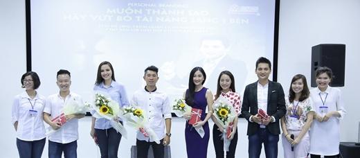 Hoa hậu Diễm Hương: Muốn thành sao, hãy vứt bỏ tài năng sang 1 bên - Tin sao Viet - Tin tuc sao Viet - Scandal sao Viet - Tin tuc cua Sao - Tin cua Sao