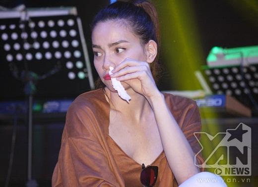 """Hồ Ngọc Hà thắng lớn, quẩy"""" tưng bừng cùng fans - Tin sao Viet - Tin tuc sao Viet - Scandal sao Viet - Tin tuc cua Sao - Tin cua Sao"""