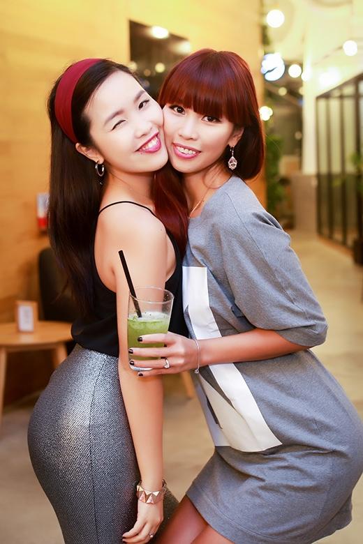 Siêu mẫu Hà Anh khoe em gái xinh đẹp, quyến rũ với mọi người. - Tin sao Viet - Tin tuc sao Viet - Scandal sao Viet - Tin tuc cua Sao - Tin cua Sao