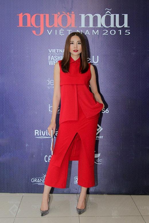 Thời trang thanh lịch, tối giản giúp sao Việt tỏa sáng tuần qua