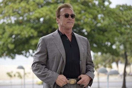 Dù đã khá lớn tuổi, nhưng  Arnold Schwarzenegger vẫn khiến nhiều người ghen tị khi cực kỳ phong độ. - Tin sao Viet - Tin tuc sao Viet - Scandal sao Viet - Tin tuc cua Sao - Tin cua Sao
