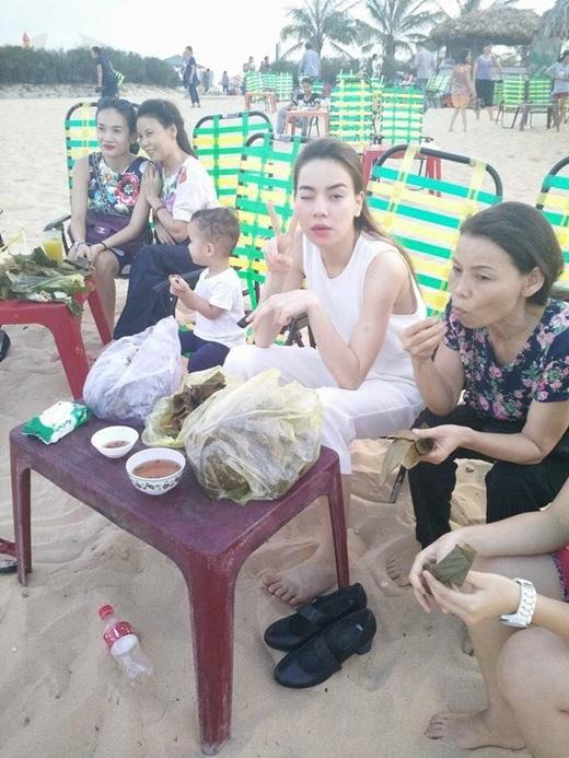 Chuyến đi lần này có đông đủ thành viên trong gia đình Hồ Ngọc Hà.