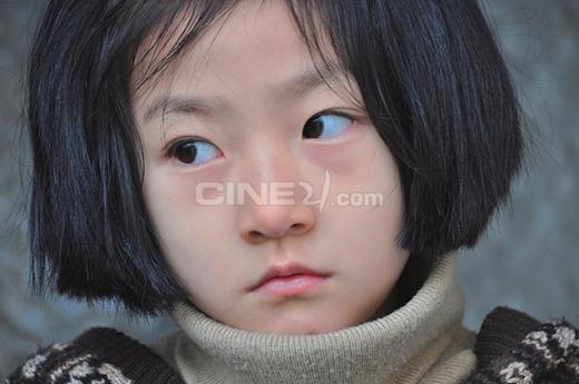 """Ngắm vẻ đáng yêu thời """"cởi truồng tắm mưa"""" của loạt sao nhí xứ Hàn"""