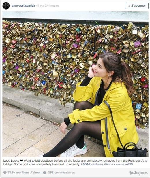 Hàng loạt ổ khóa tình yêu bị tháo bỏ trên cầu tình ái nổi tiếng