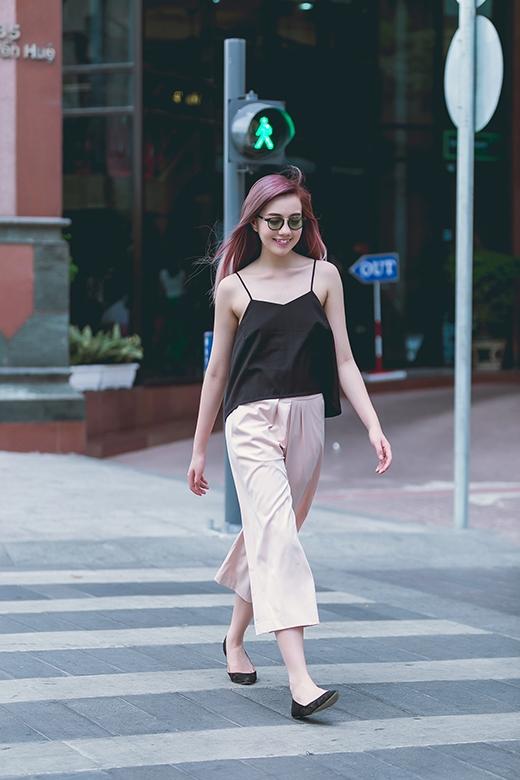 Mie xinh đẹp với trang phục hè cùng tóc ombre