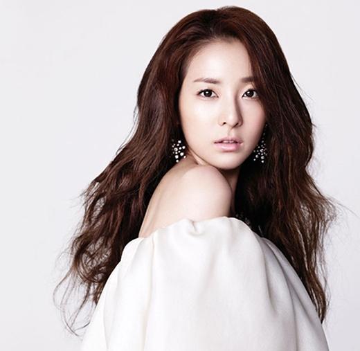 Xôn xao tin đồn hẹn hò của Kim Soo Hyun và Dara (2NE1)