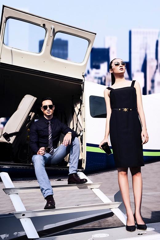 Ngoài vest kết hợp quần âu cổ điển, hình ảnh của một chàng trai năng động, cá tính lại được thể hiện qua việc kết hợp giữa vest và jeans.