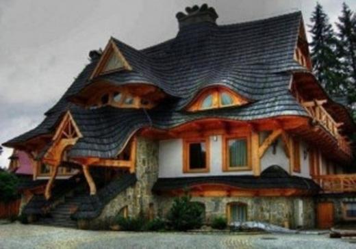 Một ngôi nhà uốn dẻo nữa.
